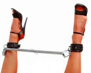MASTER SERIES SPREAD ME STEEL ADJUSTABLE SPREADER BAR